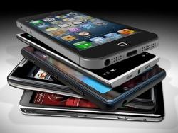 Chọn điện thoại giá rẻ hcm chính hãng hay hàng xách tay?