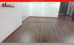 Sàn gỗ công nghiệp bị thấm nước - Công ty sàn gỗ Mạnh Trí